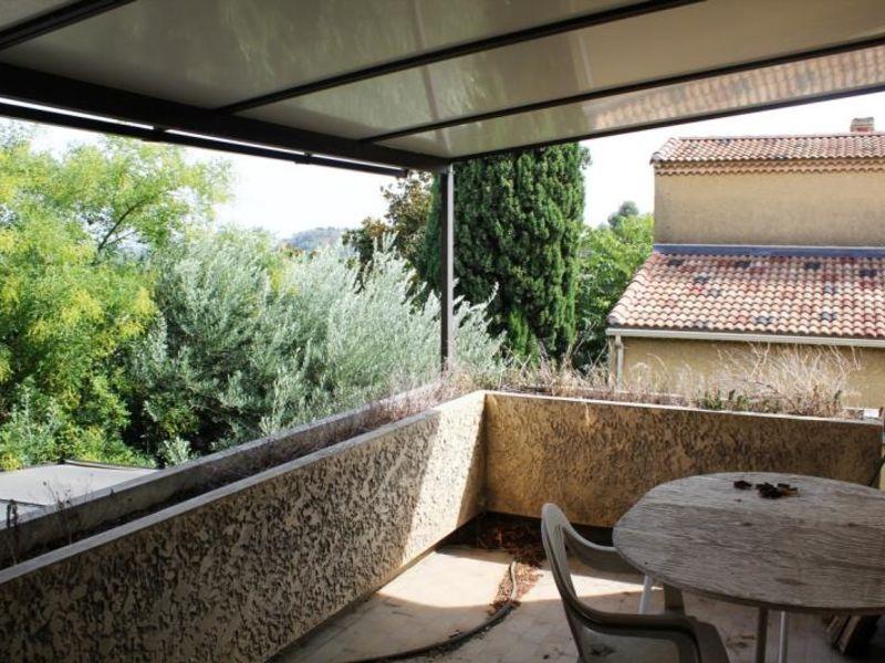 Sale house / villa Villeneuve les avignon 340000€ - Picture 5
