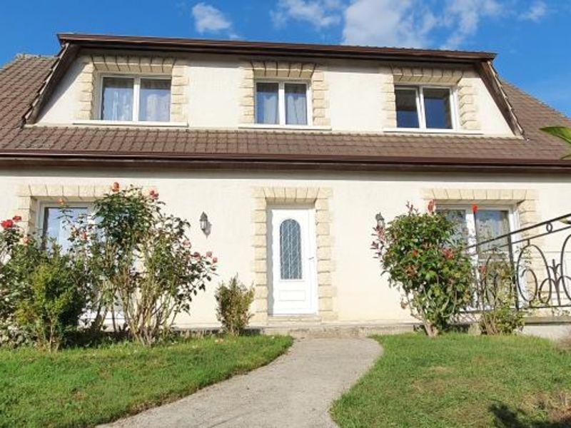 Sale house / villa Thourotte 259000€ - Picture 1