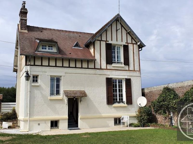 Sale house / villa Thourotte 209 000€ - Picture 1