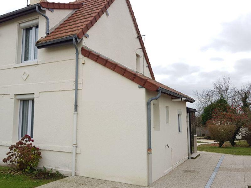 Sale house / villa Thourotte 122000€ - Picture 1