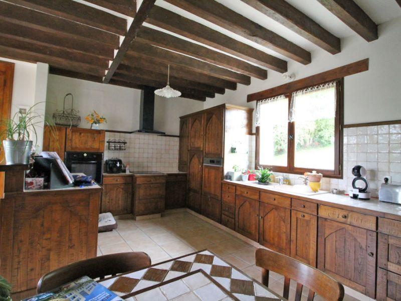 Sale house / villa La chartre sur le loir 226500€ - Picture 2