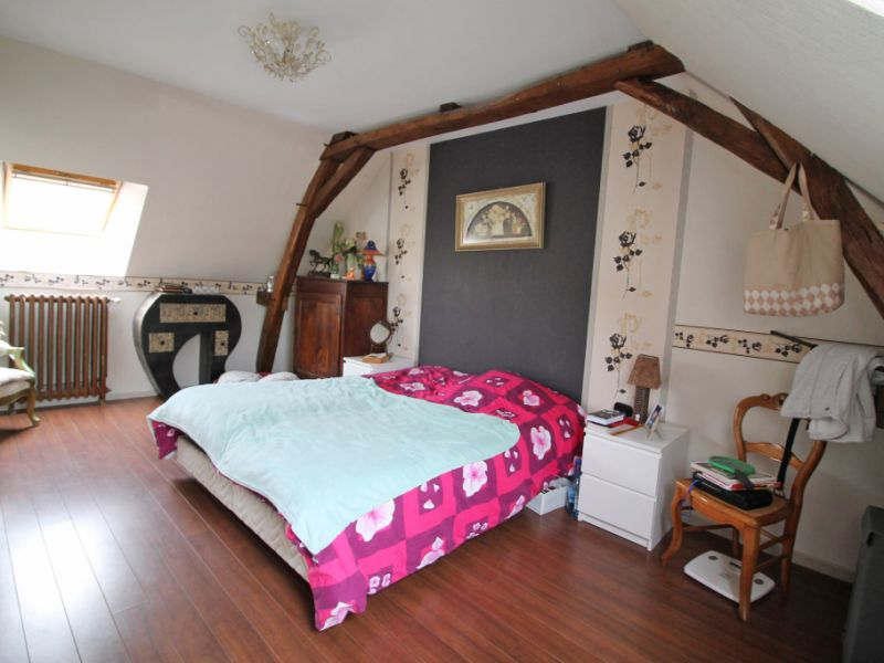 Sale house / villa La chartre sur le loir 226500€ - Picture 3