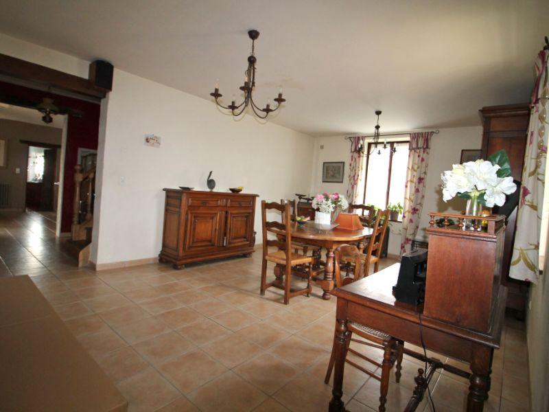 Sale house / villa La chartre sur le loir 226500€ - Picture 9