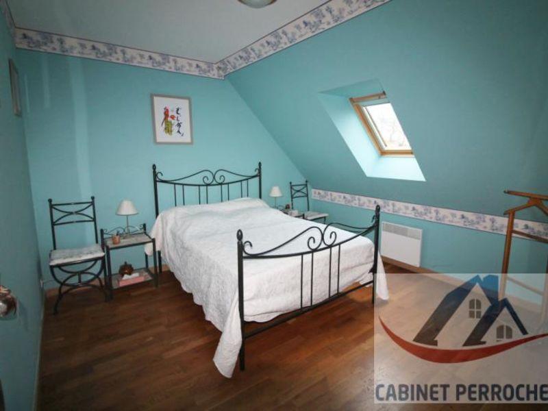 Sale house / villa La chartre sur le loir 172000€ - Picture 5