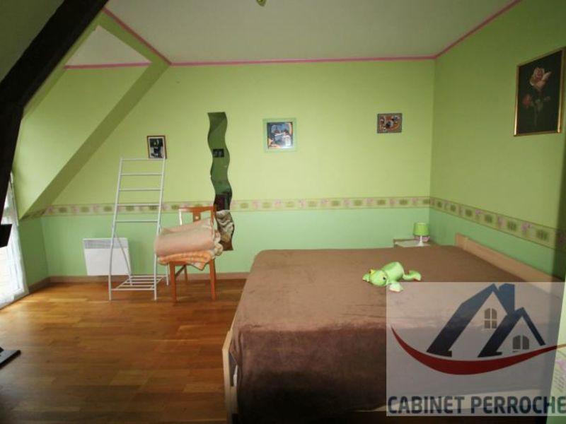 Sale house / villa La chartre sur le loir 172000€ - Picture 7