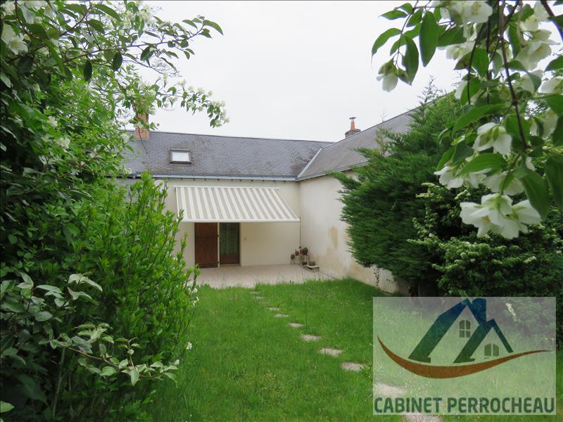 Sale house / villa La chartre sur le loir 58000€ - Picture 1