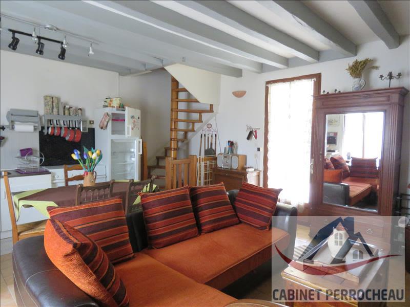 Sale house / villa La chartre sur le loir 58000€ - Picture 2