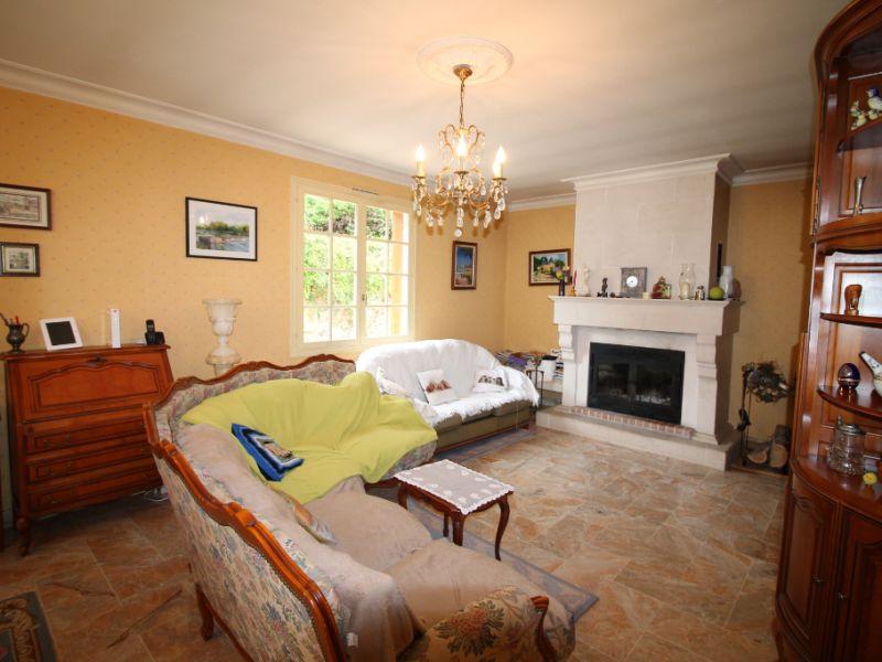 Sale house / villa La chartre sur le loir 234800€ - Picture 4