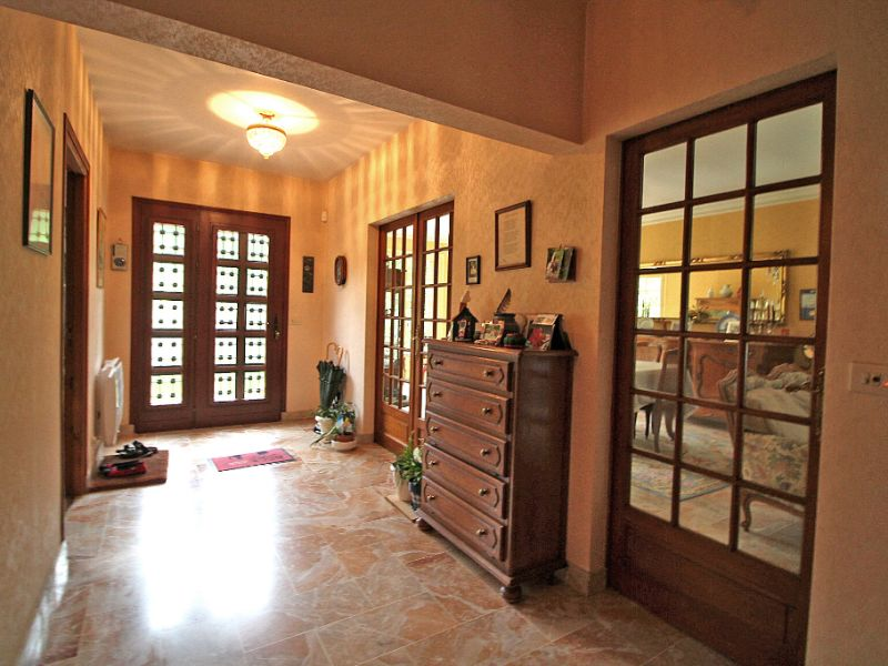 Sale house / villa La chartre sur le loir 234800€ - Picture 5