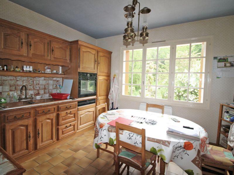 Sale house / villa La chartre sur le loir 234800€ - Picture 7