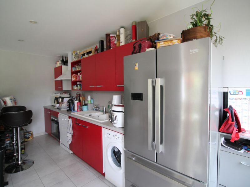 Sale house / villa La chartre sur le loir 86800€ - Picture 6