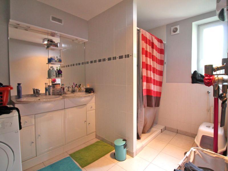 Sale house / villa La chartre sur le loir 86800€ - Picture 7