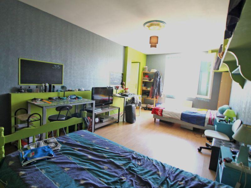 Sale house / villa La chartre sur le loir 132000€ - Picture 9