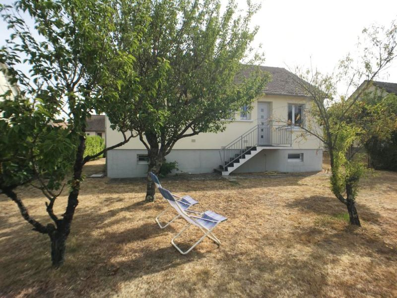 Sale house / villa La chartre sur le loir 78050€ - Picture 6