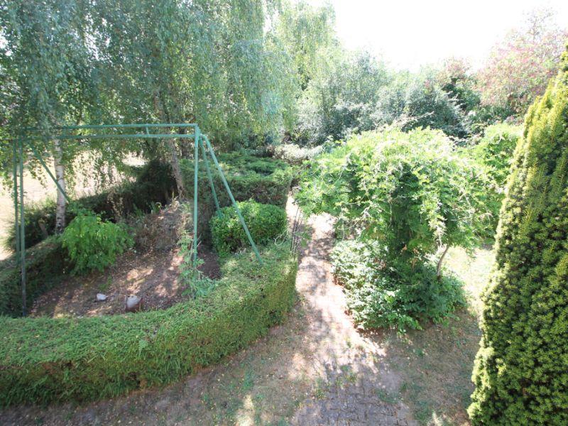 Sale house / villa La chartre sur le loir 115500€ - Picture 2