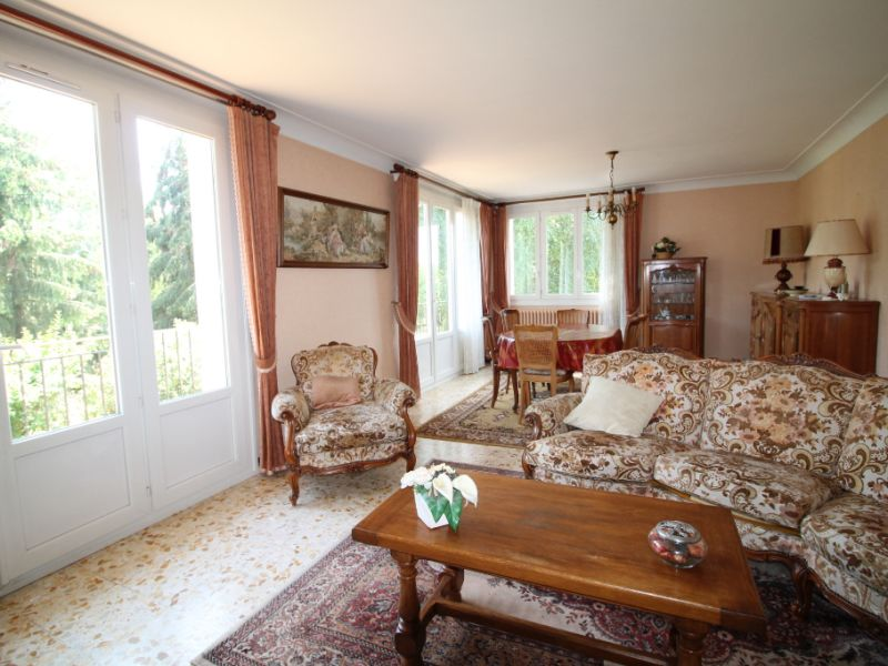 Sale house / villa La chartre sur le loir 115500€ - Picture 3
