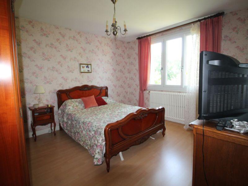 Sale house / villa La chartre sur le loir 115500€ - Picture 11
