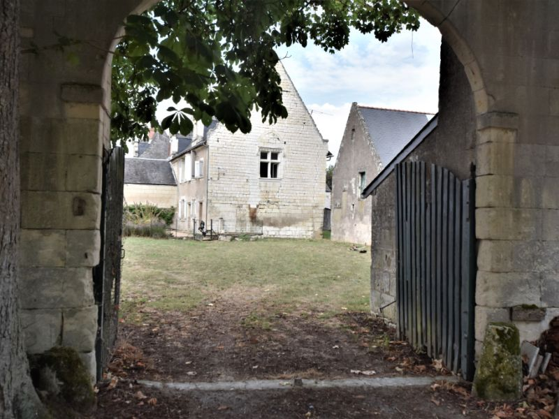 Sale house / villa Chinon 213650€ - Picture 1