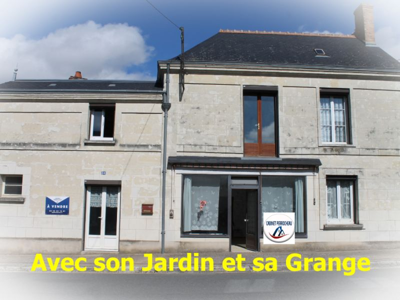 Sale house / villa La chartre sur le loir 67500€ - Picture 1