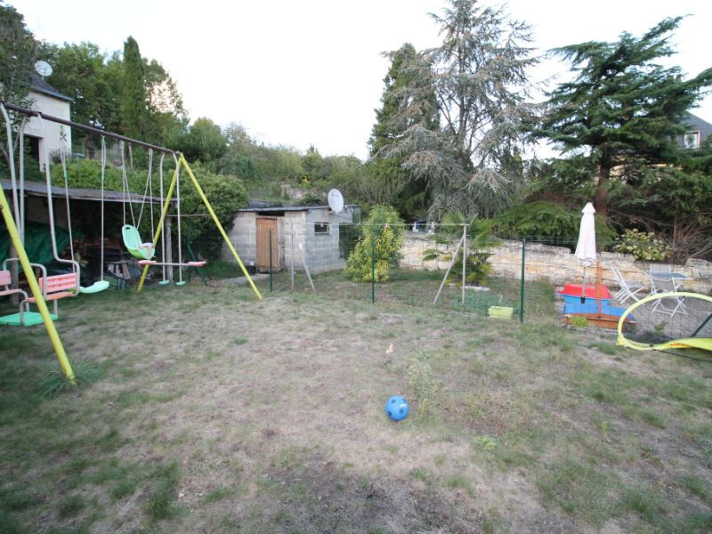Sale house / villa La chartre sur le loir 132000€ - Picture 3