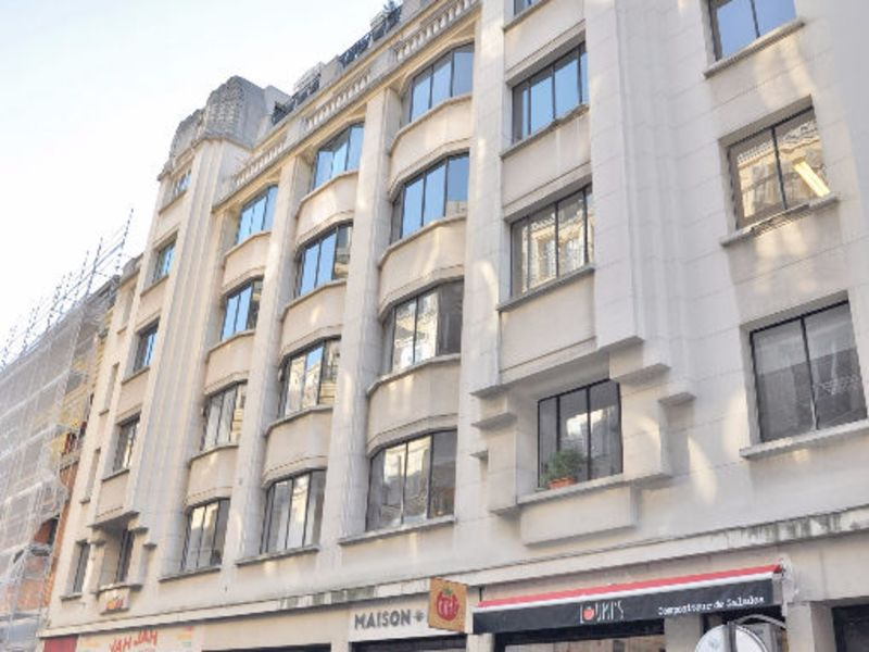 Sale office Paris 1 742 300€ - Picture 1