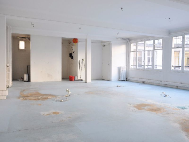 Sale office Paris 1 742 300€ - Picture 7