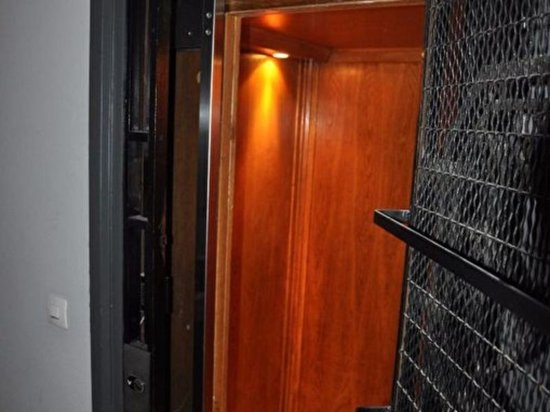 Sale office Paris 1 742 300€ - Picture 10