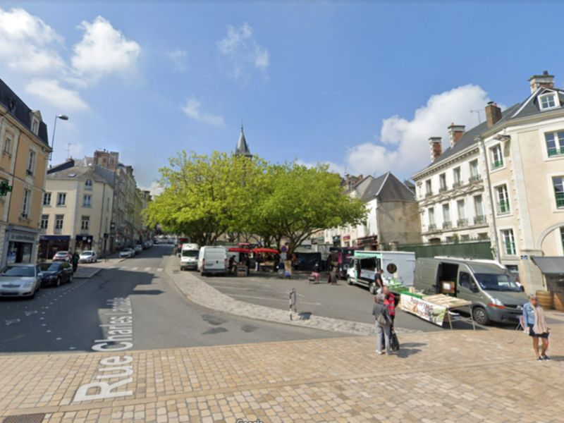 Sale building Laval 742000€ - Picture 1