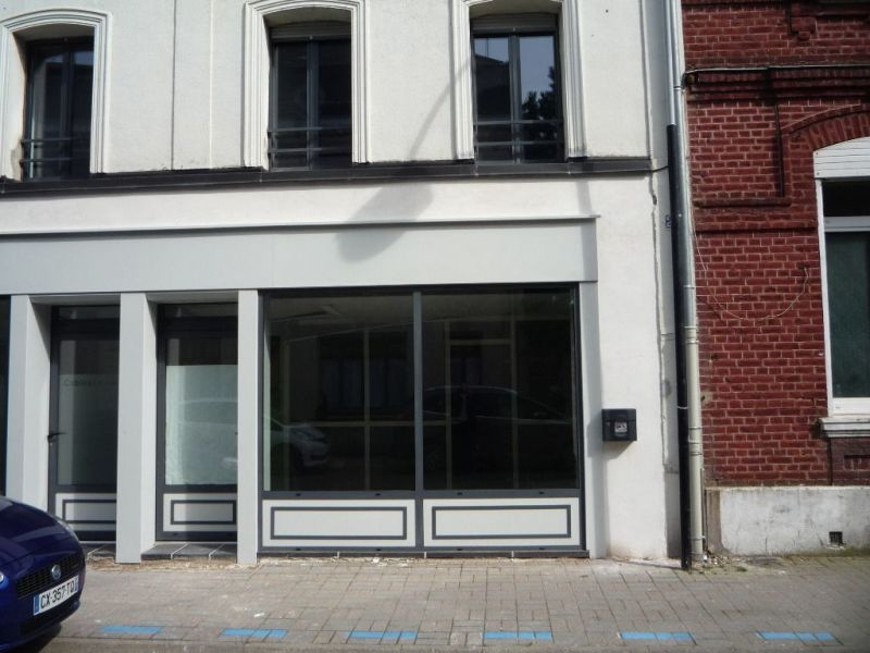 Location local commercial Caudry 620€ HC - Photo 1