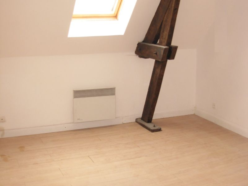 Location maison / villa Bomy 450€ CC - Photo 3