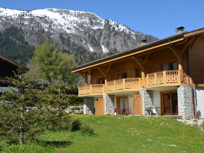 Sale apartment Les houches 325 000€ - Picture 1