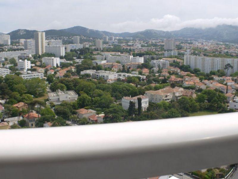 Sale apartment Marseille 102000€ - Picture 1