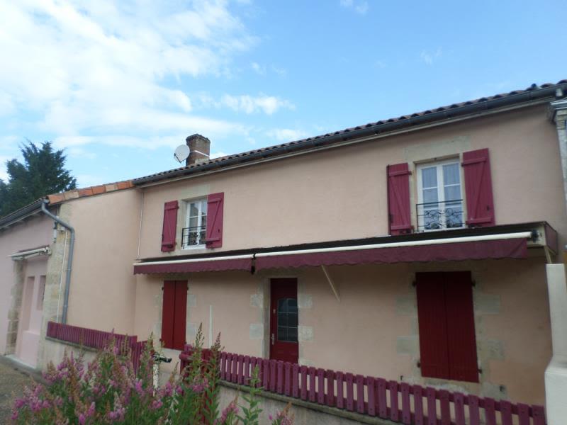 Vente immeuble Lussac les chateaux 204000€ - Photo 1