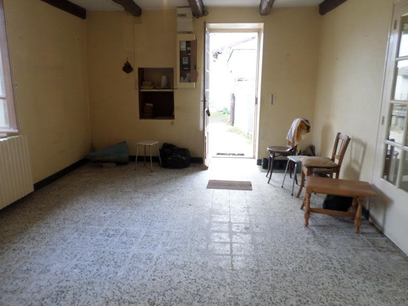 Vente maison / villa Civaux 66000€ - Photo 9
