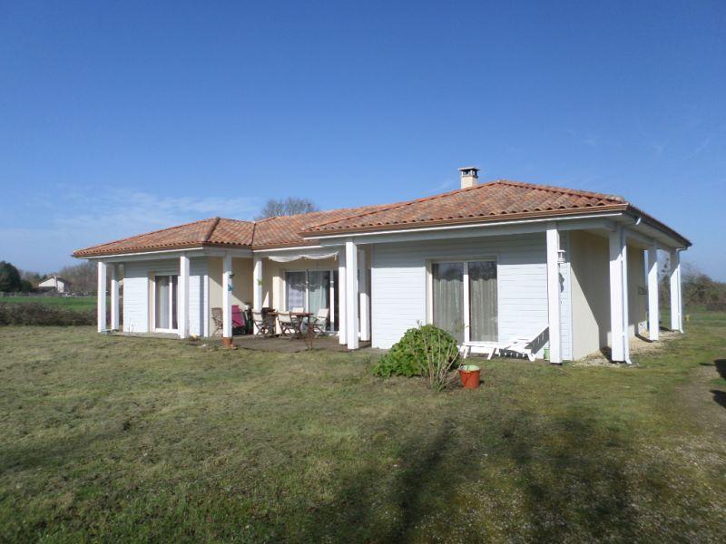 Vente maison / villa Leignes sur fontaine 204000€ - Photo 1