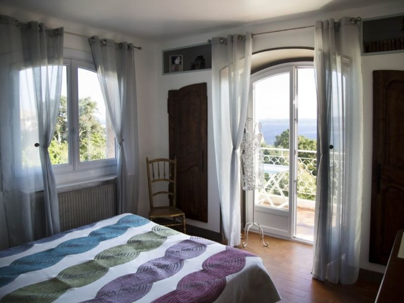 Vacation rental house / villa Les issambres 1450€ - Picture 19