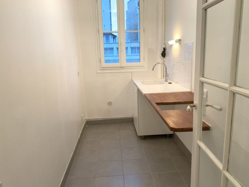 Location appartement Paris 12ème 130€ CC - Photo 3