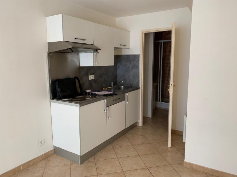 Sale building St chamas 295000€ - Picture 4