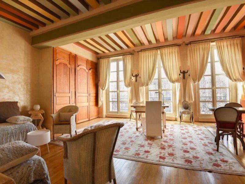 Rental apartment Paris 3000€ CC - Picture 1