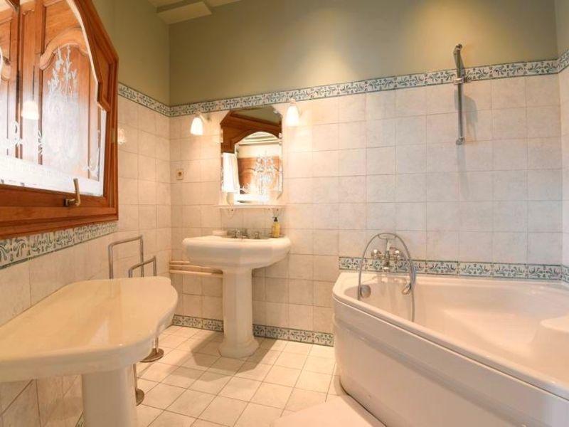 Rental apartment Paris 3000€ CC - Picture 7