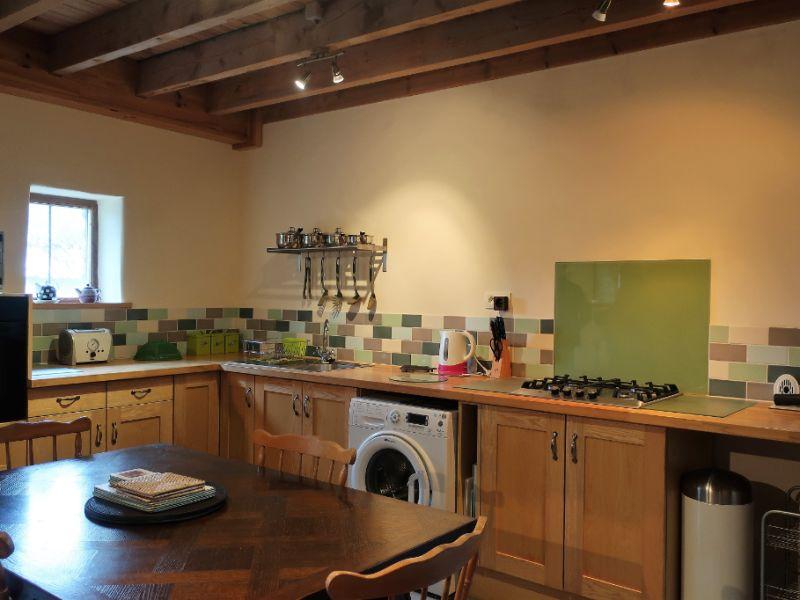 Sale house / villa Querrien 249600€ - Picture 11