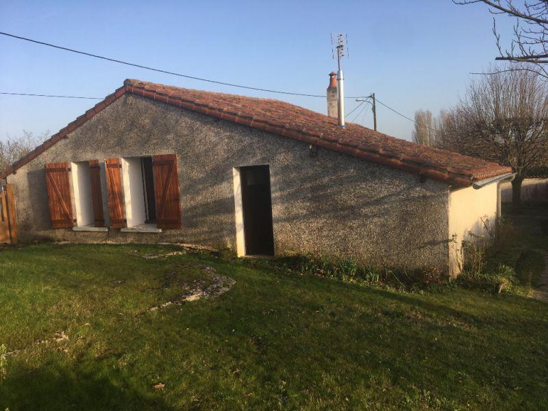 Vente maison / villa Lussac les chateaux 96000€ - Photo 4