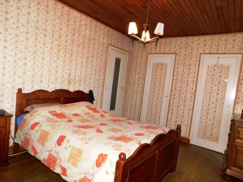 Sale house / villa La bazouge du desert 92600€ - Picture 5