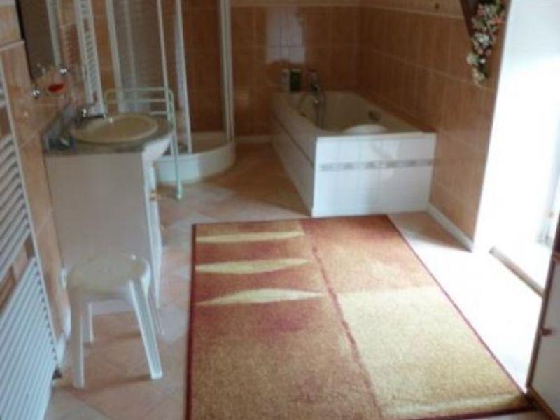 Vente maison / villa St georges de reintembault 218000€ - Photo 6