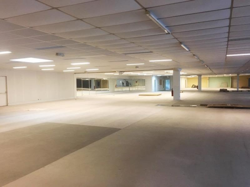 Vente local commercial Fougeres 199120€ - Photo 4