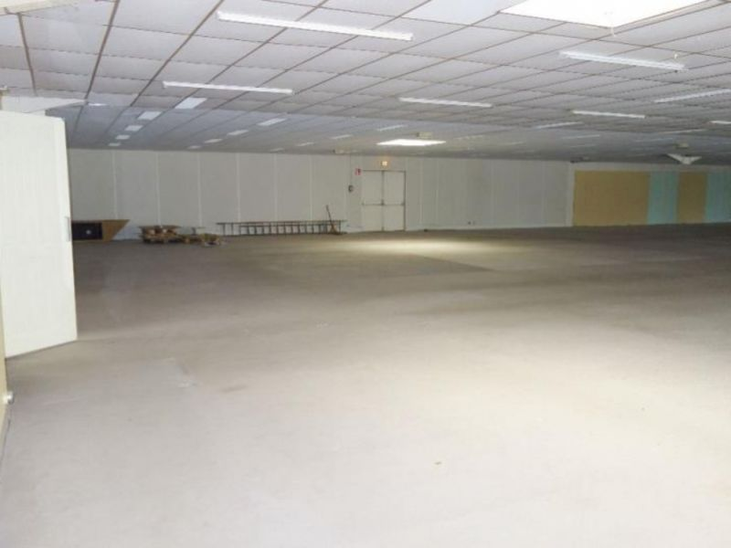 Vente local commercial Fougeres 199120€ - Photo 6