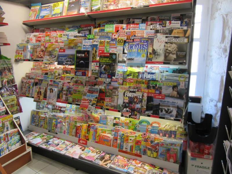 Vente fonds de commerce boutique Fougeres 130990€ - Photo 2