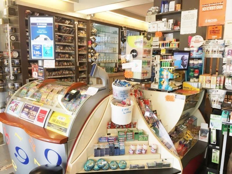Vente fonds de commerce boutique Fougeres 136240€ - Photo 7