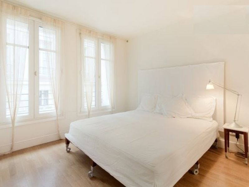 Location appartement Paris 6ème  - Photo 9