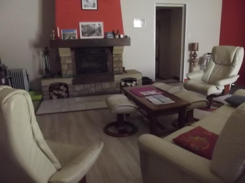 Vente maison / villa Chenay 84800€ - Photo 3
